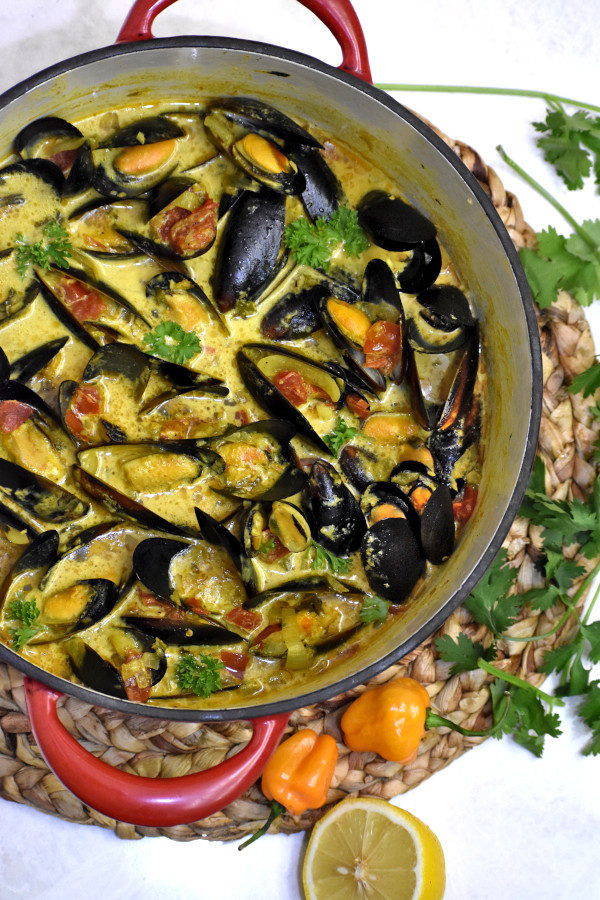 caribbean coconut mussels in a dutch oven