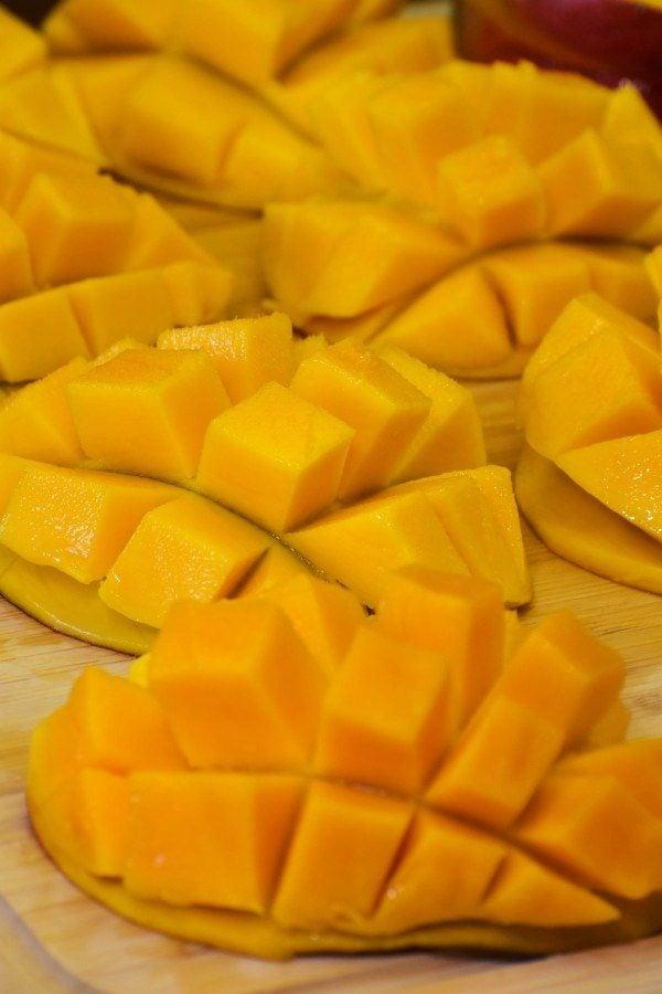 artistically cut mangoes
