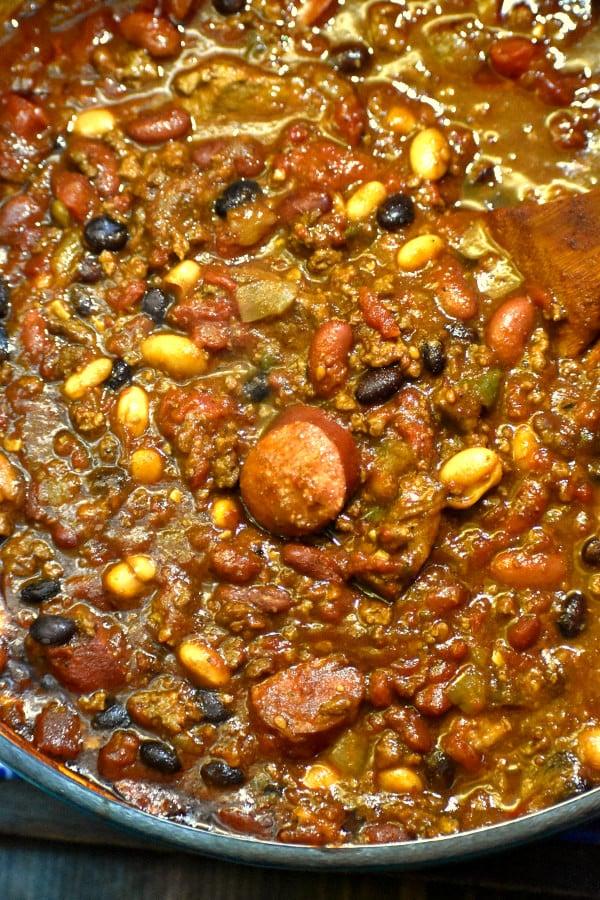 ultimate chili in a dutch oven