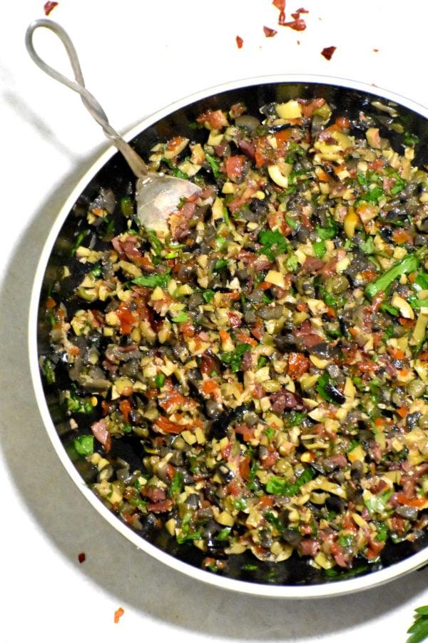 The 40 plus best Mediterranean recipes - Olive tapenade.