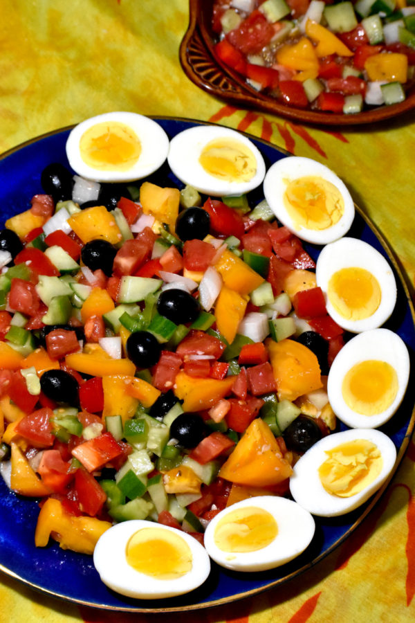 one last picture of our plateful of this  tasty spanish salad