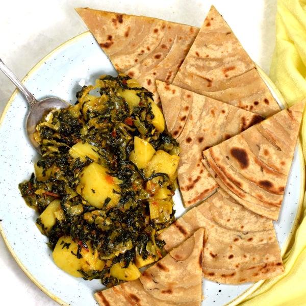 Sauteed Spinach and Potatoes (Aloo Palak)