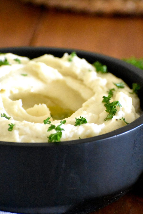 Side view of the bowl of mashed potatoes.