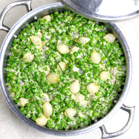 Featured image for Creamed Peas with Pearl Onions post.