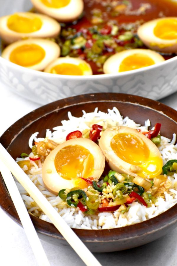 Side view of the rice and egg bowl.