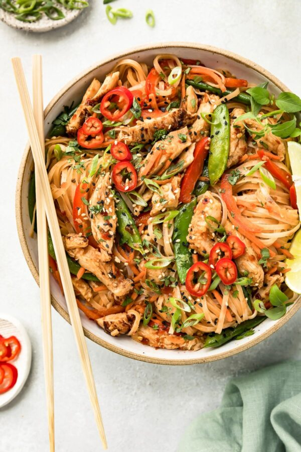 The 5 BEST Asian Recipes - chili chicken stir fry.