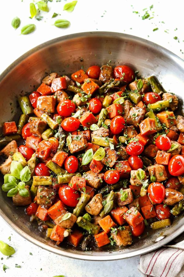 The 25 BEST Cherry Tomato Recipes - Balsamic chicken and veggies.