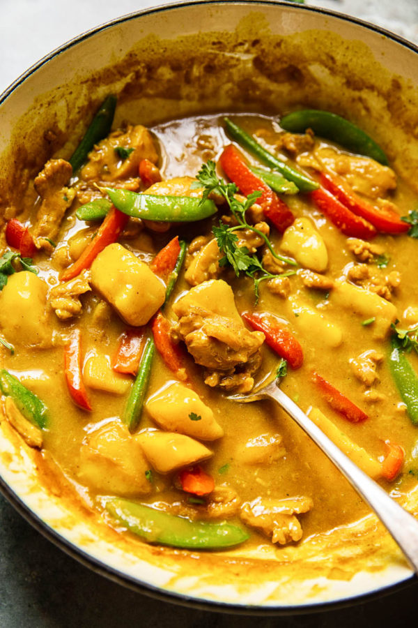 The 40 BEST Curry Recipes - Chinese Chicken Curry.