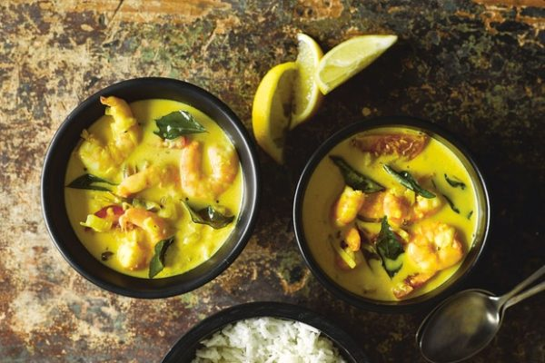 The 40 BEST Curry Recipes - Prawn Moilee.