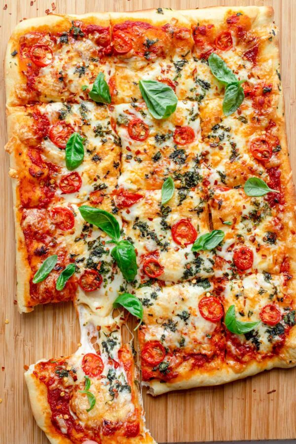 40 BEST Potluck Recipe Ideas - sheet pan pizza.