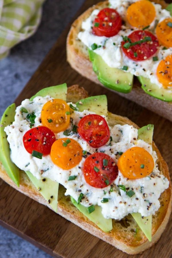 The 25 BEST Cherry Tomato Recipes - Avocado toast.