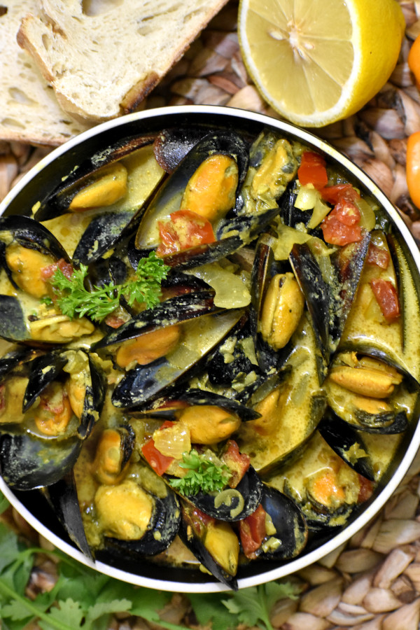 The 40 BEST Curry Recipes - Caribbean mussel curry.