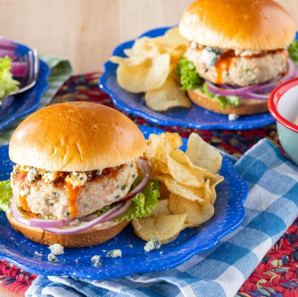 The 30+ BEST Ground Chicken Recipes - Chicken burgers.