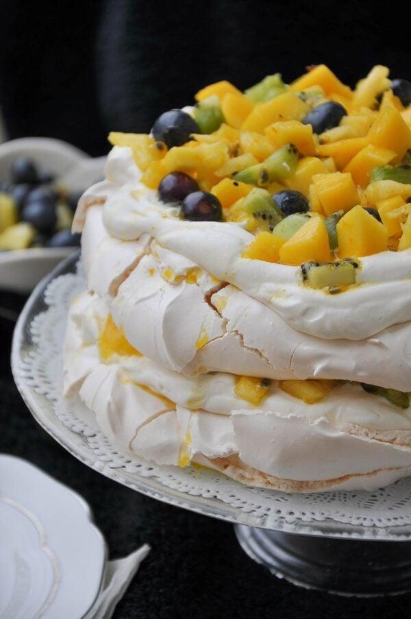 The BEST Mango Recipes - Pavlova.