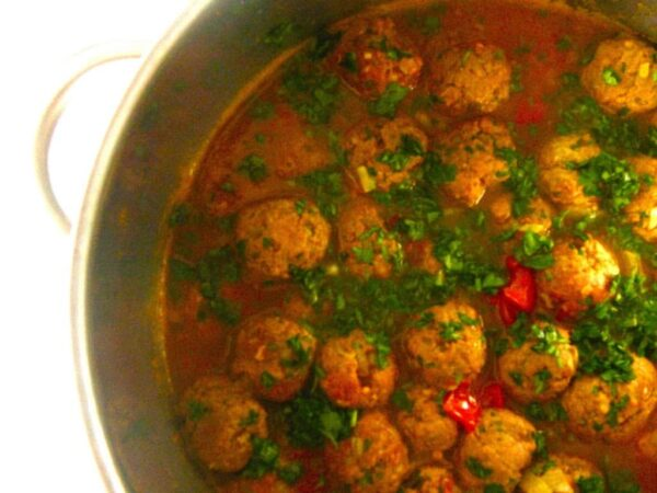 The 45+ BEST Meatball Recipes - Moroccan meatball tagine.