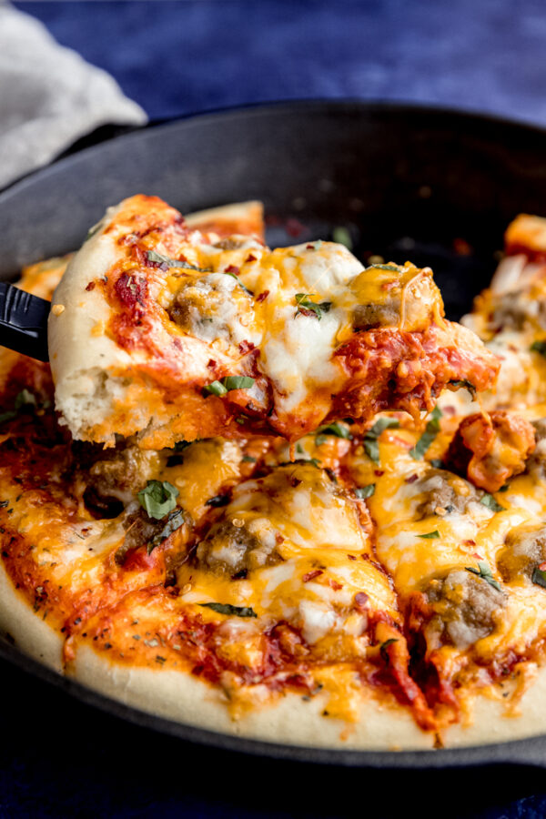 The 45+ BEST Meatball Recipes - Meatball pizza.
