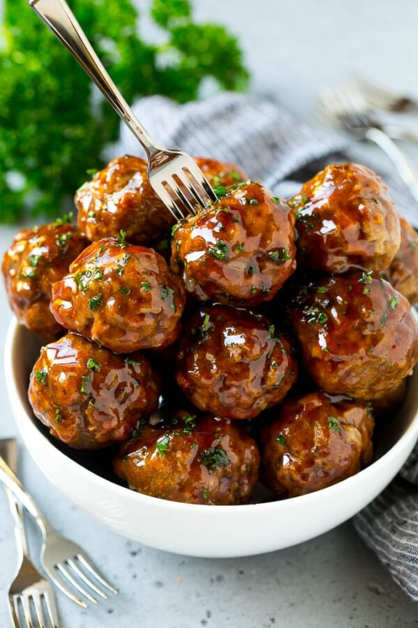 The 45+ BEST Meatball Recipes - Sweet and sour meatballs.
