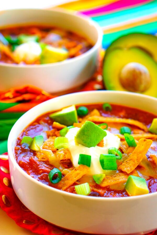 The 20 BEST Canned Chicken Recipes - taco soup.
