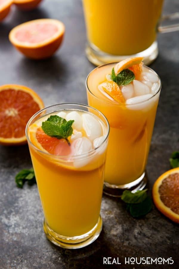 The 30 BEST Mocktail Recipes - mango orange mojito.
