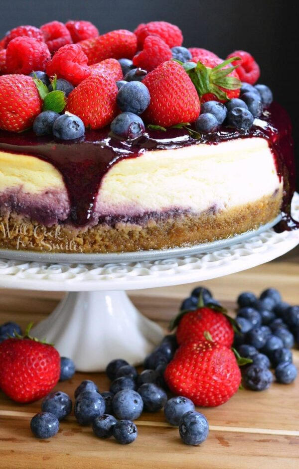 The 35 BEST Cheesecake Recipes - mixed berry.