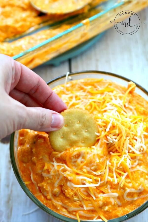 The 20 BEST Canned Chicken Recipes - buffalo dip.