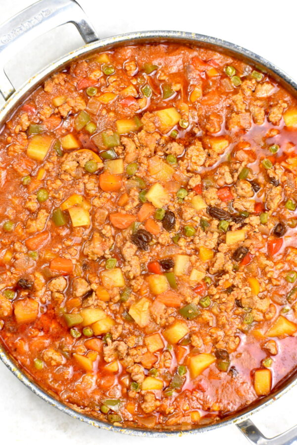 Close up of the pot of picadillo.