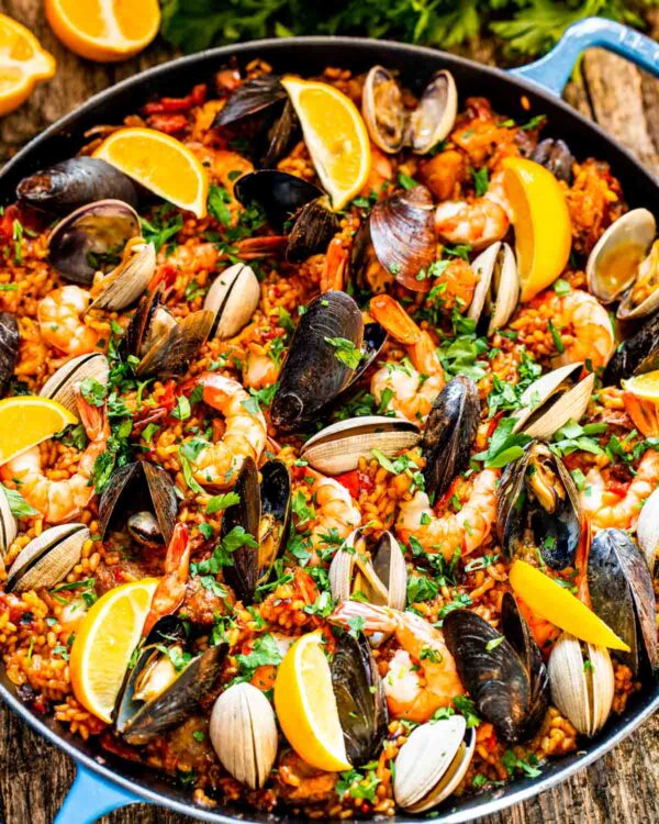 The 30 BEST One Pot Meals - paella.