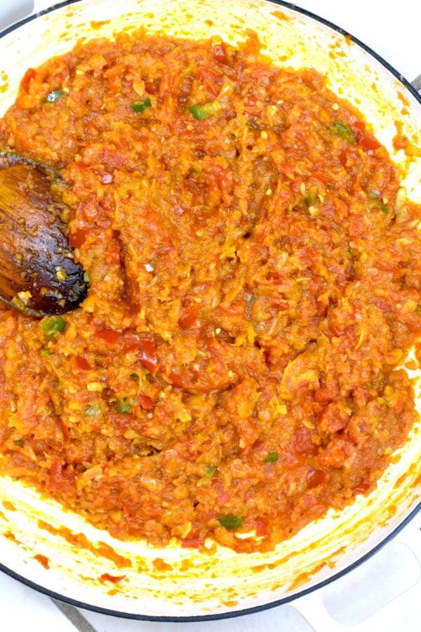 Masala mixture in the pan.