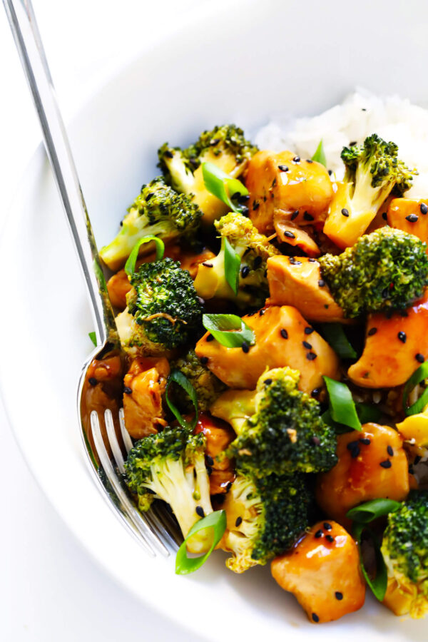 The 30 BEST Quick Dinners - chicken and broccoli.