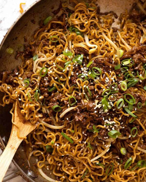 The 30 BEST Quick Dinners - beef ramen noodles.