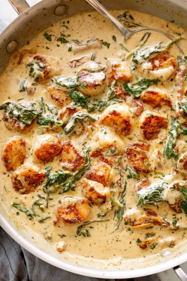 The 25 BEST Scallop Recipes - creamy Tuscan.