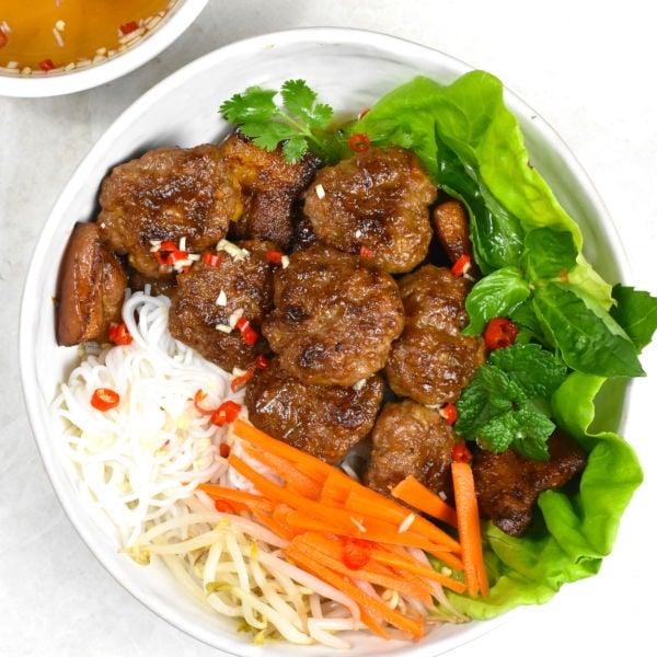 Bun Cha (Vietnamese Meatball Vermicelli Bowl)