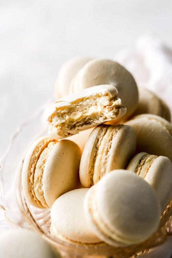 The 25 BEST Macaron Recipes - vanilla.